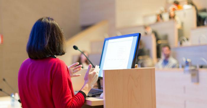 21 Public Speaking Tips & Tricks |